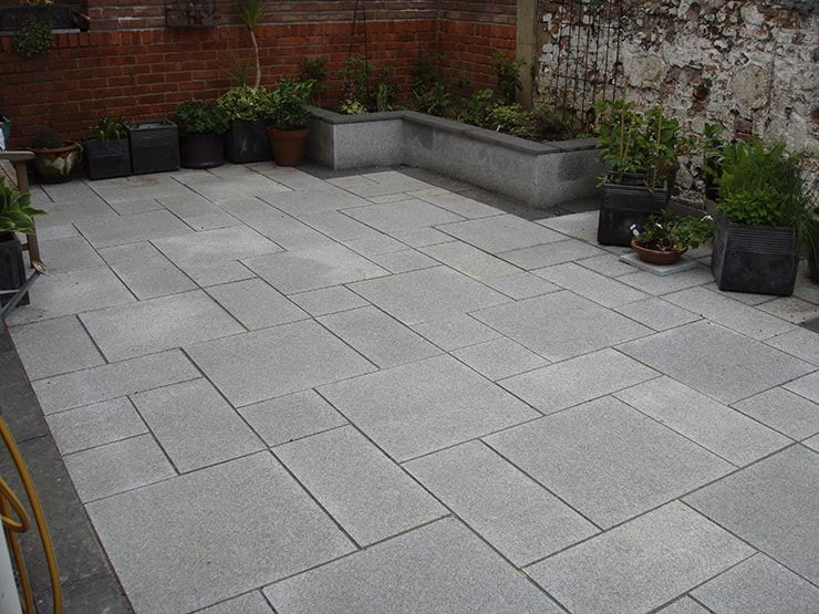 Patios ajt projects ajt projects for Garden decking and slabs